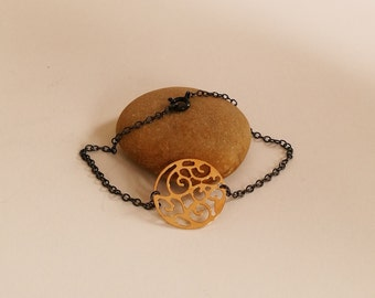 Gold Disc Bracelet Dainty Bracelet Modern Delicate Minimalist Simple Coin Charm Mixed Metal Filigree Bracelet Oxidized Bracelet