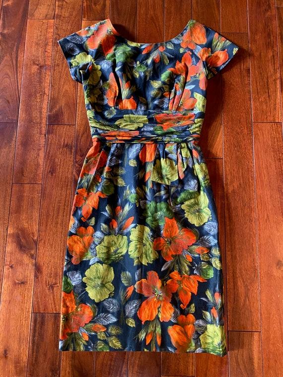 1950's floral wiggle vintage dress - mint! - image 3