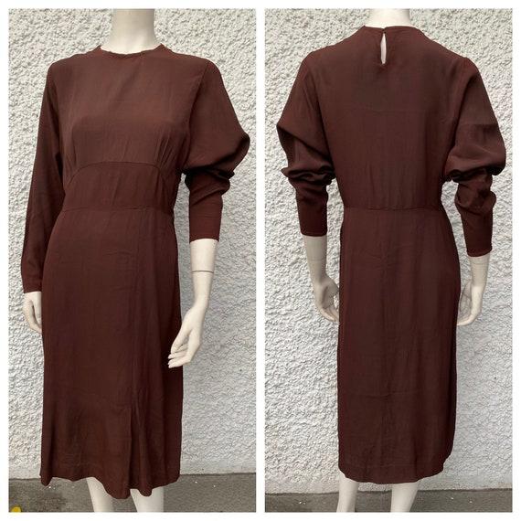 1930's chocolate brown simple rayon vintage dress