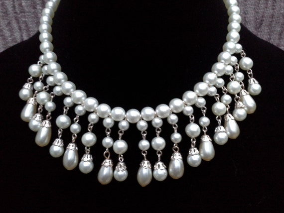 Pearl Choker Necklace: Vintage Pearl Neckalce