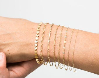 Dainty Chain Bracelet / Delicate Chain Stacking Bracelet / Gold Chain / Layering Bracelet / Perfect Chain Bracelet by Layered and Long LB000