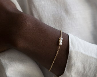 Pearl Bracelet, 1-7 Pearls for a Meaningful Gift - Personalized Dainty Pearls Bracelet - 14k Gold Fill, Rose, Sterling Silver - LB613