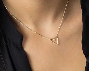 Dainty Heart Necklace Gift, Open Heart Necklace, Perfect Gift for Her • Simple Heart Outline Necklace • 14K Gold Fill, Sterling Silver LN112