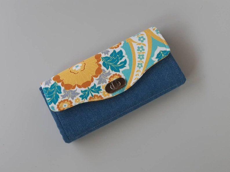 Flowers Accordion Style Clutch Wallet image 0