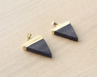 1 pcs of Natural Blue sand Triangle Pendants with Brass Findings - Gemstone Pendants