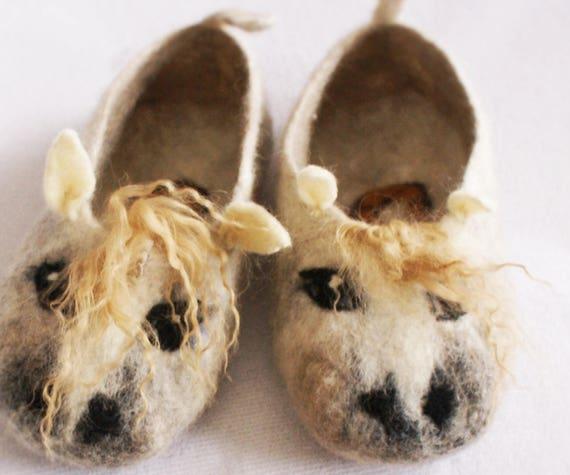 White Horses Slippers with Horseshoe Wool Felted Horse  31c898629fc5