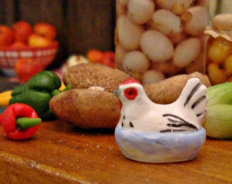 Teeny Rustic Porcelain Hen Tureen 1:12 Scale Miniature Dollhouse Kitchen Accessory