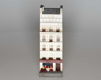 Cadeaux-Souvenirs -- Collectible miniature French building storefront