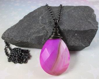 Agate Pendant Necklace - Magenta