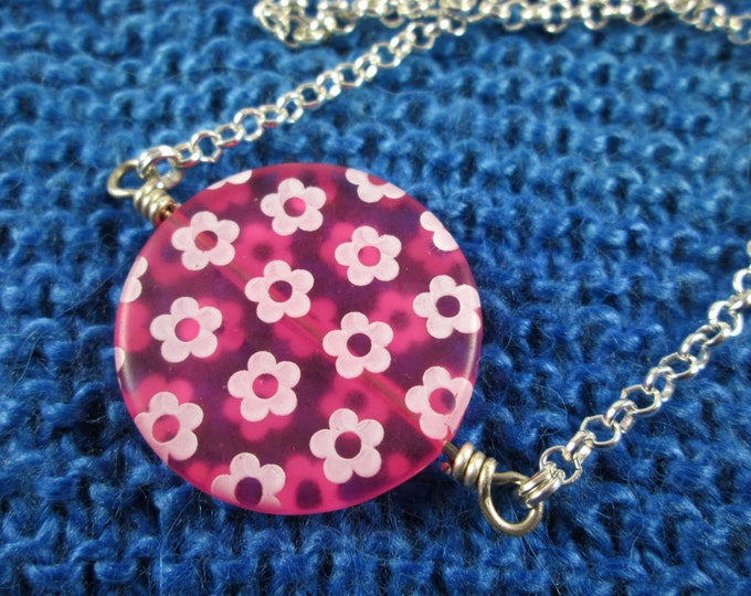 Spinner Pendant Necklace - Pink Flowers - Long Chain