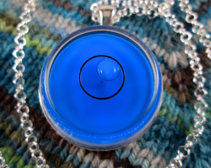 Spirit Level Necklace - Blue - Stim Toy - Large