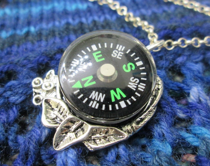 Steampunk Compass Necklace - Green Compass with Leaf Setting