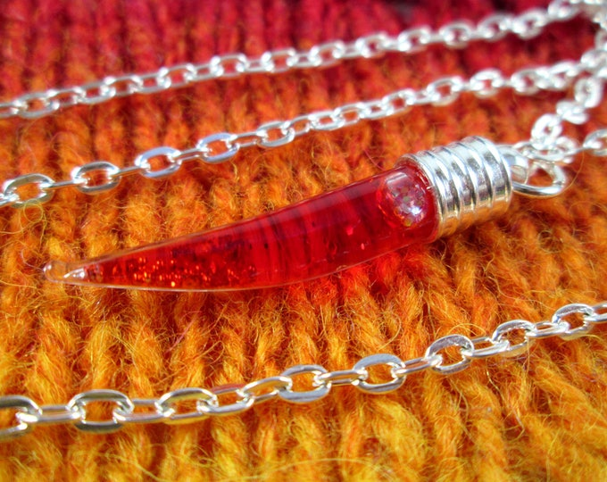 Glitter Liquid Necklace - Red Fang - Silver Chain