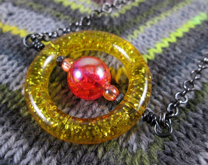 Saturn Spinner Pendant Necklace - Gold Orange Red Glitter - Long Chain