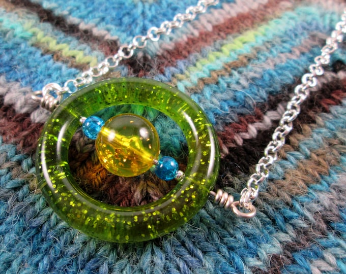 Saturn Spinner Pendant Necklace - Green Blue Yellow Glitter - Long Chain