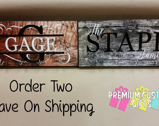 Set of 2 Personalized Key Hangers - Holiday Gift - Housewarming Gift -  Anniversary Gift - Custom Key Ring Holder - Wall Key Holder