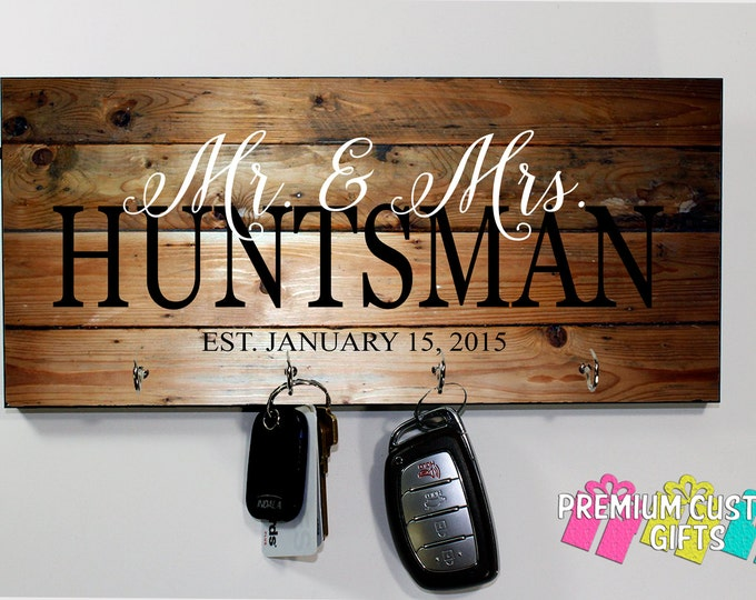 Family Keys Holder - Personalize Wedding gift - Personalized Wall Key Rack - Housewarming Gift - Anniversary - grand parent - Design #KH167