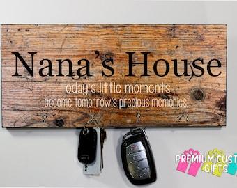 Nana's house Key hanger - Nana Gift - Wedding Gift - Anniversary Gift - Housewarming Gift - Wooden Key Hanger - Wall Key Rack Design #KH227