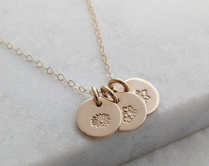 Gold Birthflower Necklace for Moms, Birth Month Flower Necklace, New Mom Gift for Her, Tiny Gold Disc