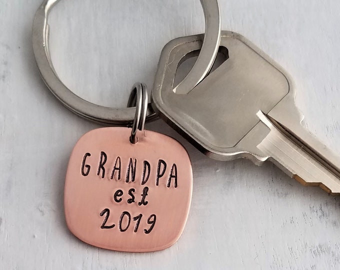 Pick any Name, Grandpa Key Ring, Pregnancy Announcement, Personalized Gift for Dad, Christmas Gift Idea, Gifts under 20