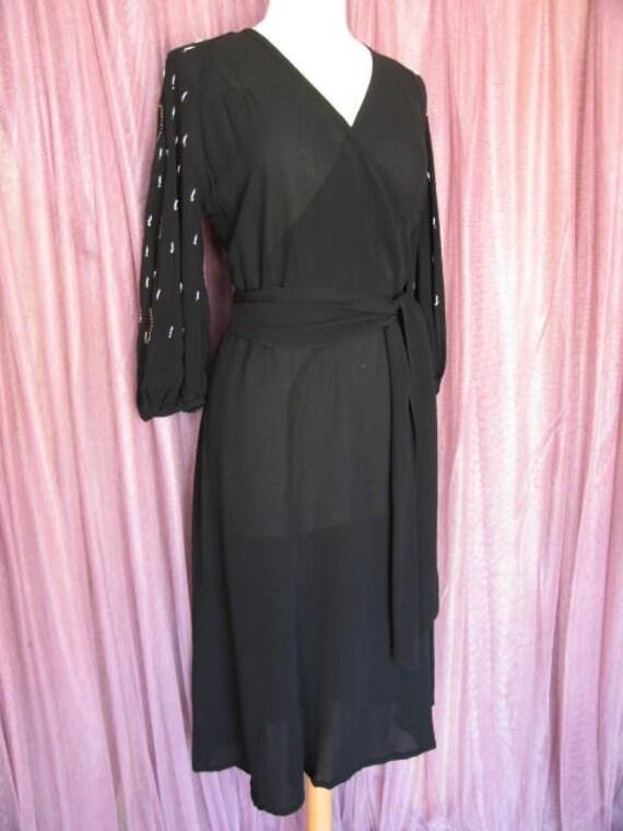 40s Black Crepe Dress / 40s LBD / fits S / 40s Co… - image 2