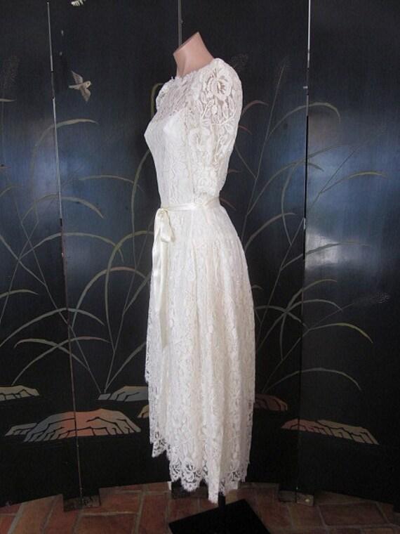 Lace Wedding Dress / Ivory lace Wedding Dress / V… - image 5