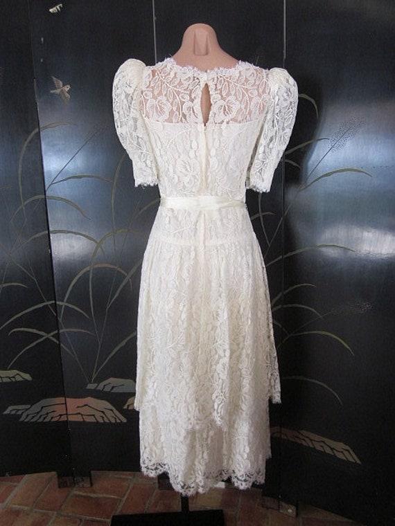 Lace Wedding Dress / Ivory lace Wedding Dress / V… - image 6