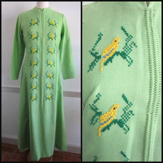 Embroidered Caftan / Vintage Caftan / Bird Embroid