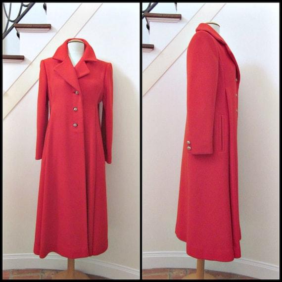 Red coat / 70s Red Coat / Mod Red Coat / Vintage R