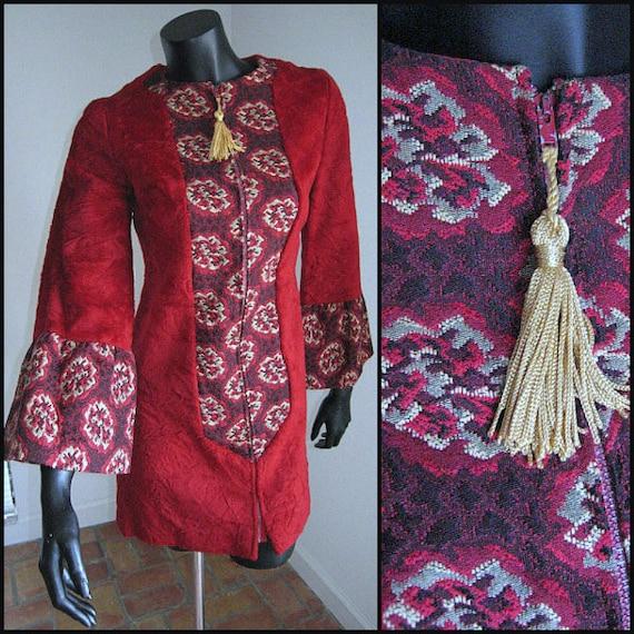 Saba coat / Vintage 60s Faux fur coat / Faux fur a