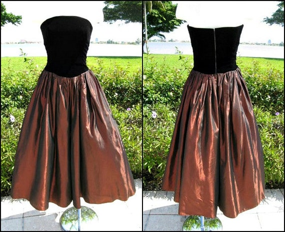 Vintage 50s Dress / fits XS / Copper Taffeta Velve