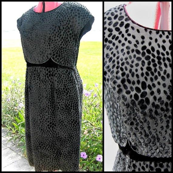 Devore Velvet Vintage Dress / 50s Black Velvet Dre