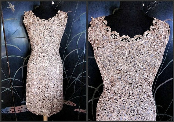 RAFFIA CROCHET Vintage 50s 1950s Wiggle Dress // f