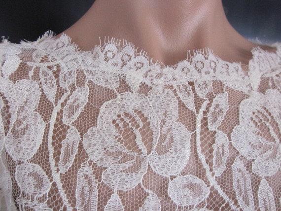 Lace Wedding Dress / Ivory lace Wedding Dress / V… - image 8