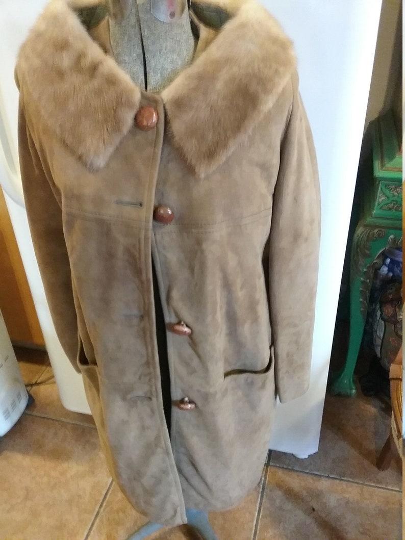 Suede coat mink collar