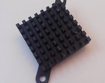 Computer motherboard chipset heat sink pin