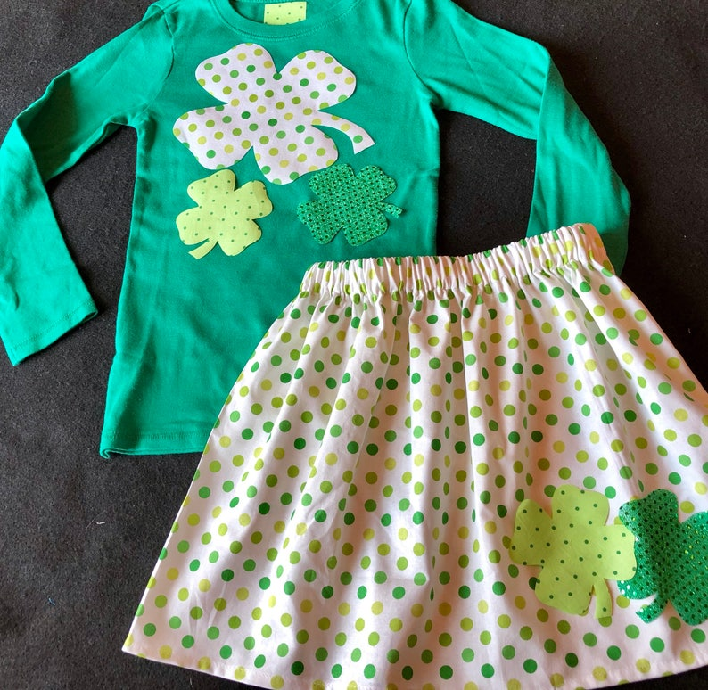 Custom St Patrick/'s Day outfit appliqued 4 leaf clover shirt and matching polka dot print twirly skirt with clovers