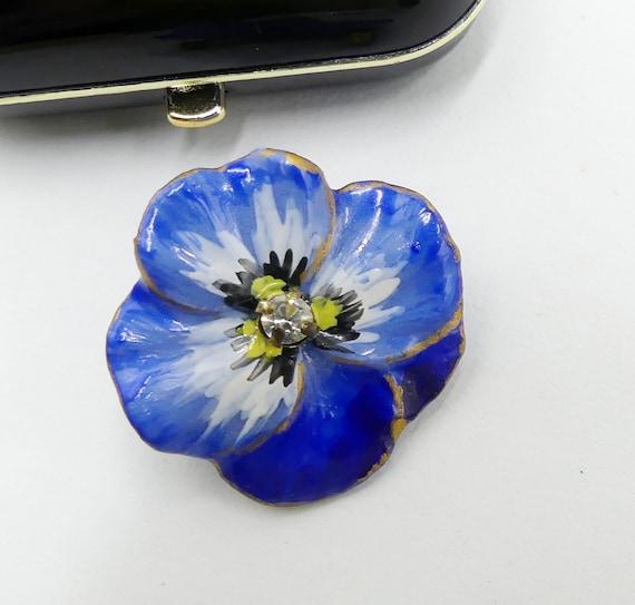 Vintage handmade blue pansy flower ceramic brooch… - image 2