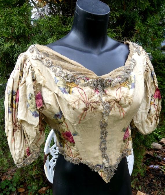 Antique Victorian women dress top only