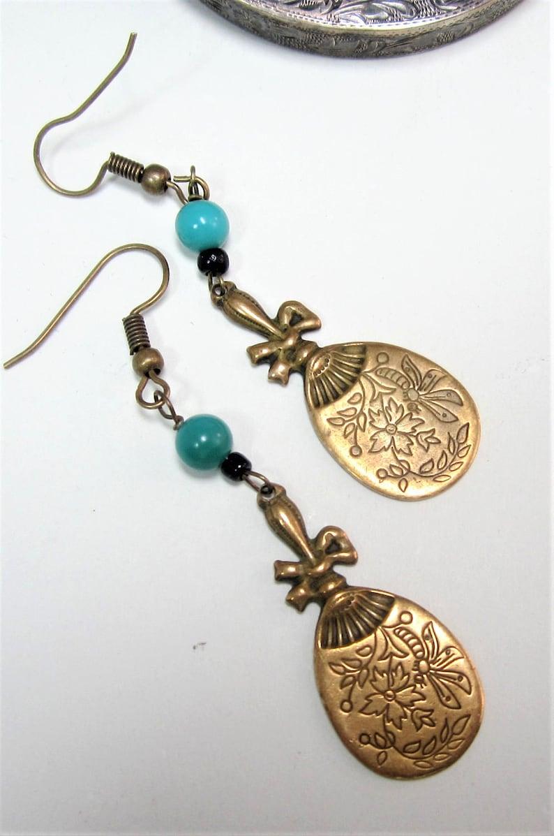 Vintage brass fan and blue beads earring