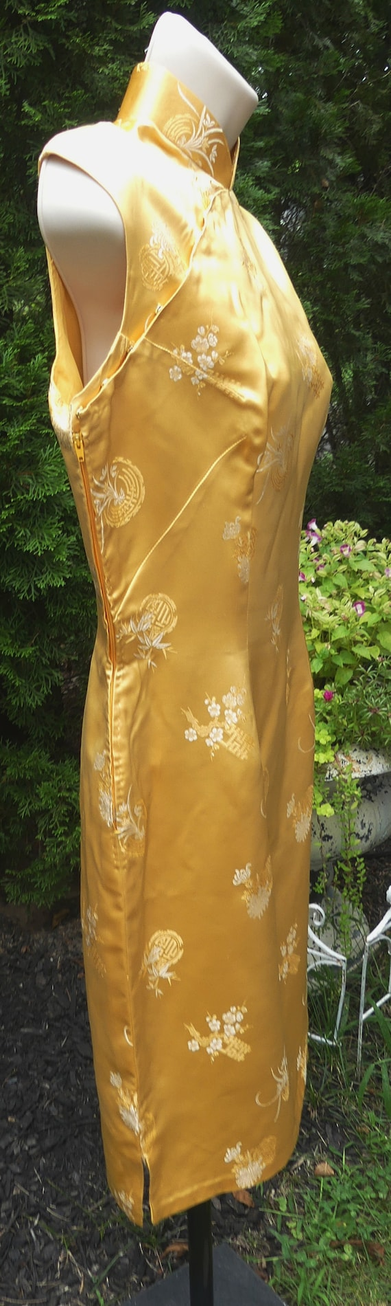 Vintage 60's Chinese silk QiPao color yellow - image 3