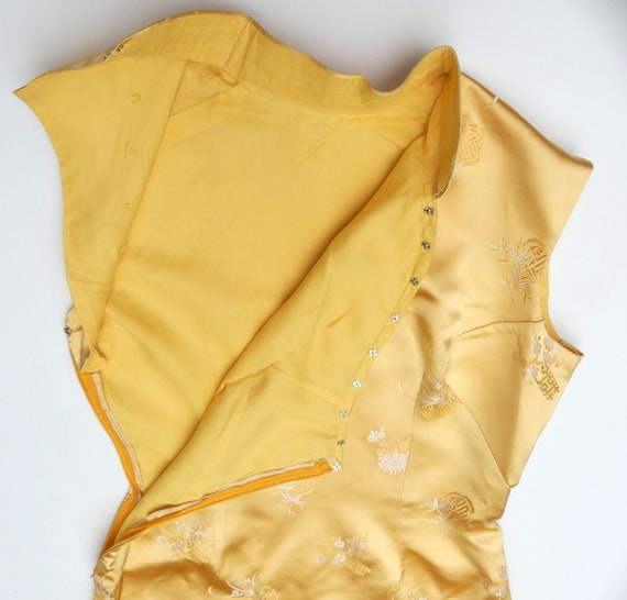 Vintage 60's Chinese silk QiPao color yellow - image 7
