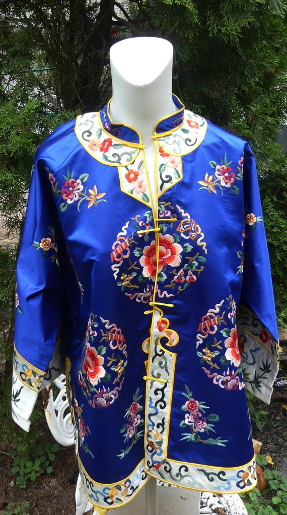 Vintage 1920's royal blue Chinese Silk hand embroi