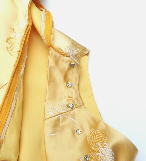 Vintage 60's Chinese silk QiPao color yellow - image 10