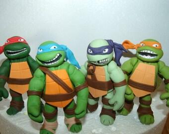 4 Teenage mutant ninja turtles fondant cake toppers