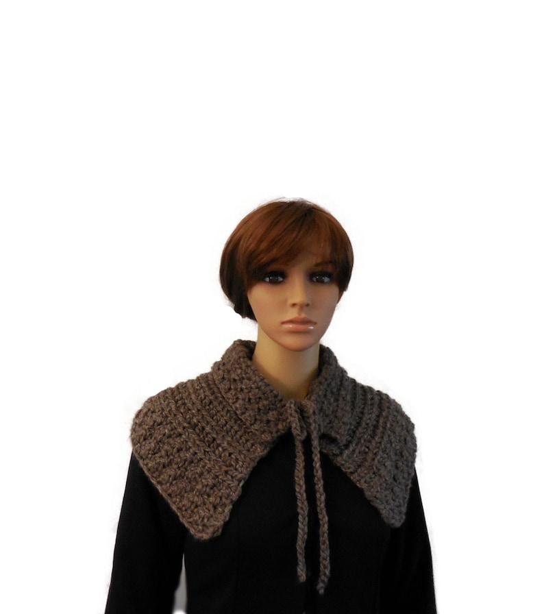 Outlander Claire Mini Capelet Chunky Brown Sassenach image 0