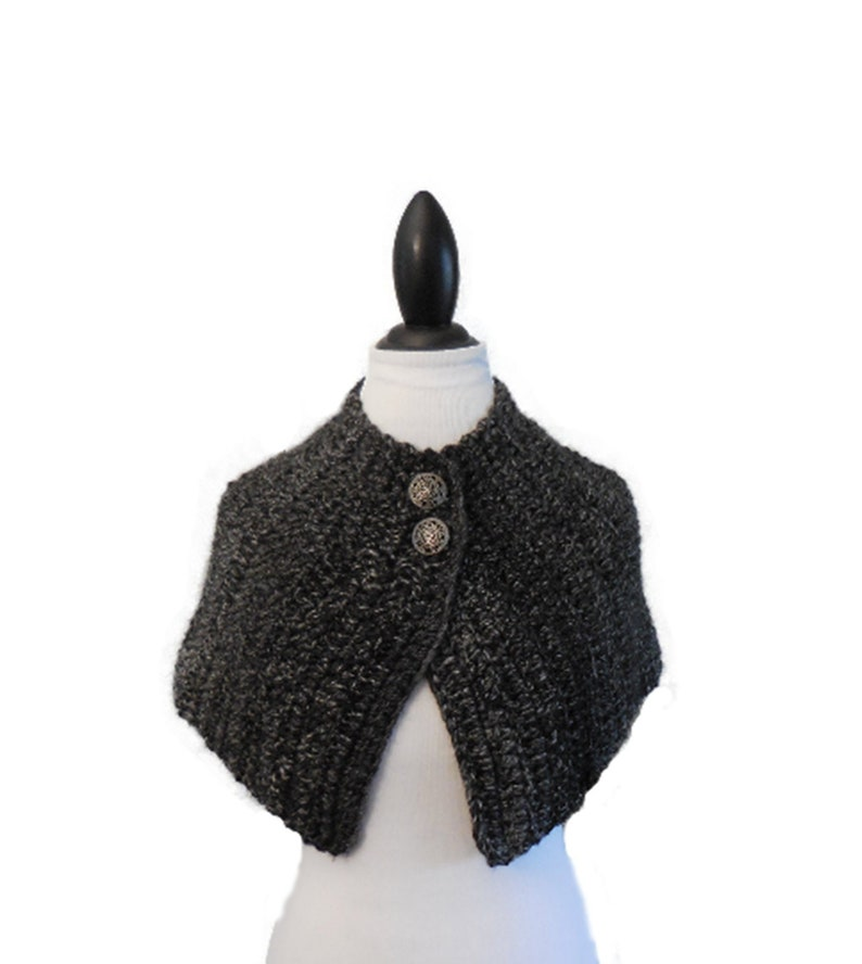 Brianna Cape Outlander Inspired Season 4 Caplet Varigated Gray image 0