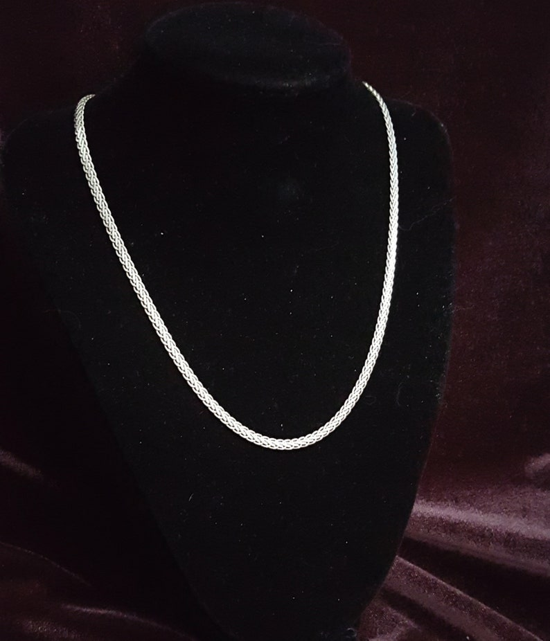 Silver Foxtail 18 Inch Chain Necklace