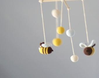 Baby Mobile - Bee Mobile - Crochet Hanging Crib Mobile  - Kids room decoration
