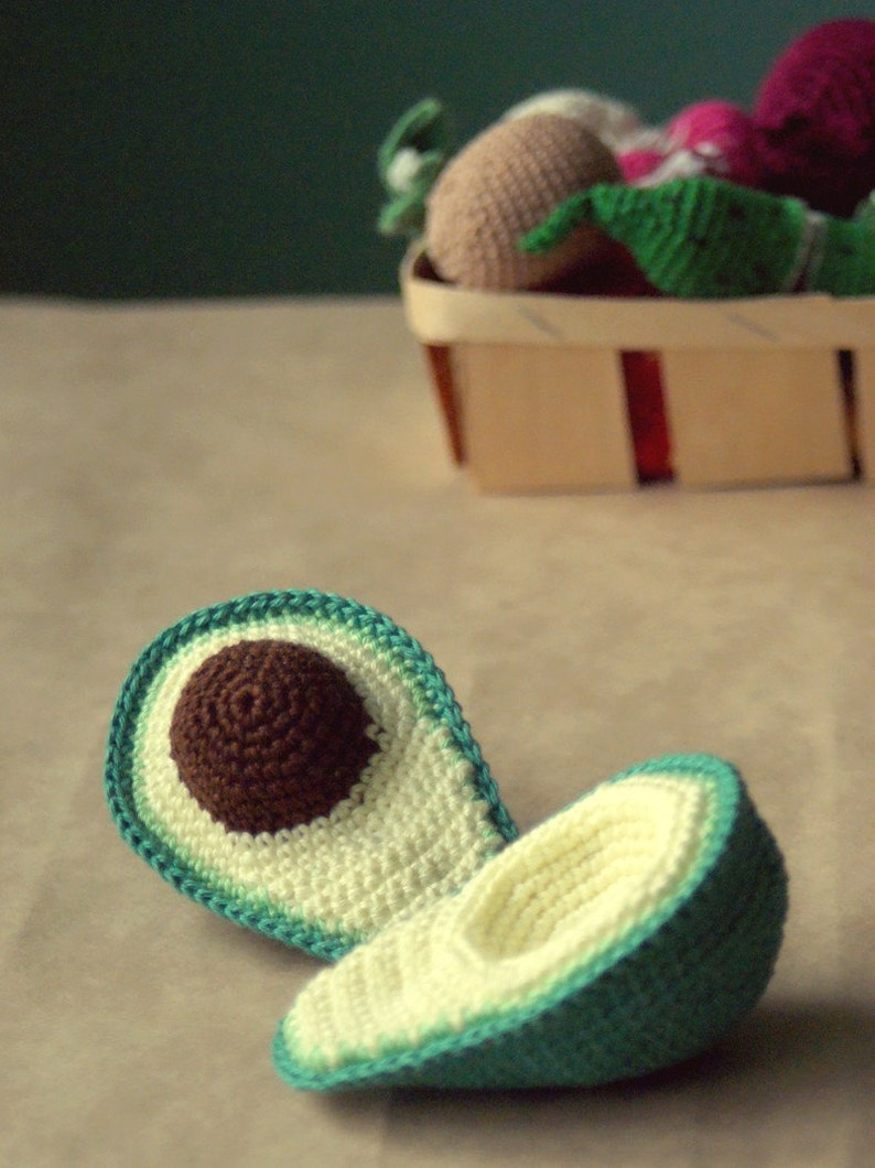Crocheted Avocado Play kitchen Safe and friendly children/'s games Crocheted toy food